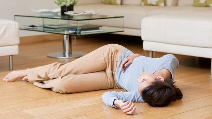 Упала в обморок беременна