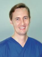 Стоматолог в Минске Бондаровец Александр Александрович