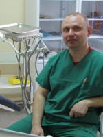 Детский стоматолог-ортодонт в Минске Гатальский Виктор Викторович