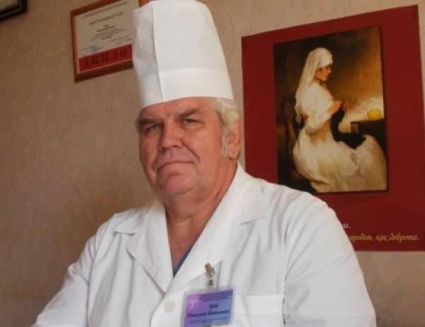 Детский хирург Зуев