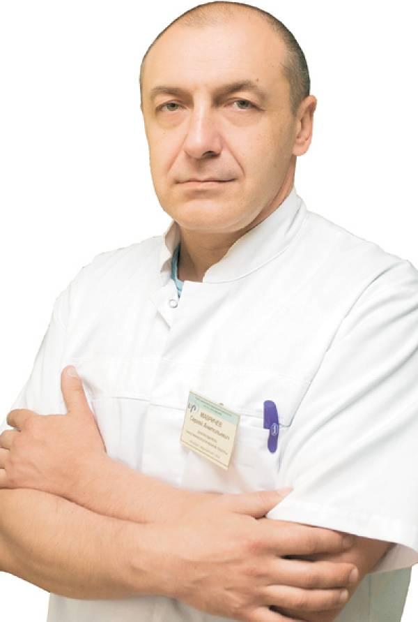 Корреспонденты «СГ» встретились с Сергеем МАВРИЧЕВЫМ — врачом онкологом-хирургом, кандидатом медицинских наук, руководителем группы онкогинекологии Республиканского научно-практического центра онкологии и медицинской радиологии имени Н. Н. Александрова