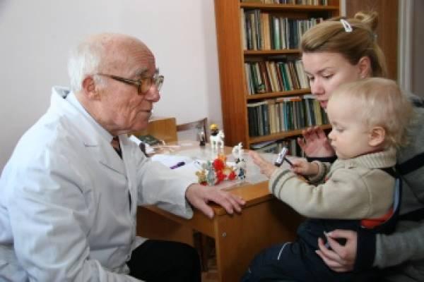 На консультацию к профессору Георгию Шанько везут малышей с эпилепсией, тиками, парезами, нарушением речи и задержкой психического развития, судорогами, детским церебральным параличом