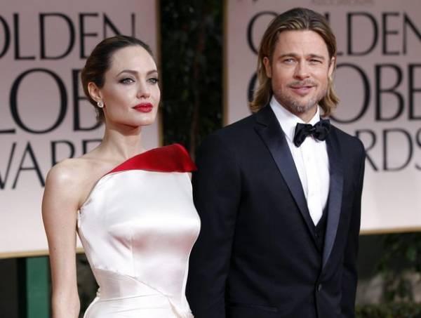 Белорусский маммолог Путырский прокомментировал операцию по удалению груди у Анджелины Джоли