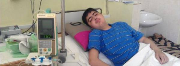 Чтобы вылечить сына в Беларуси, семья  из Азербайджана распродала имущество на $70 тысяч. В боровлянском онкологическом центре этого не хватило даже на половину курса лечения