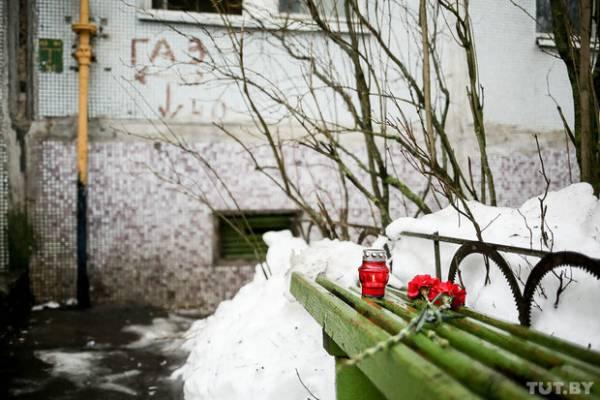 Трагедия в Борисове: от отравления газом в многоэтажке погибла семья из 4 человек в одной квартиры и пожилая пара с собакой во второй