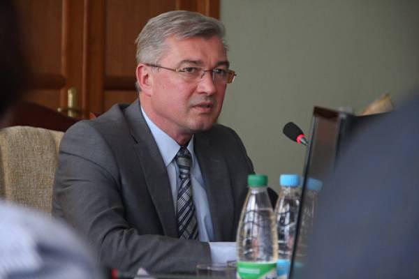 Через месяц после назначения министром труда Валерий Малашко возглавил Минздрав Беларуси
