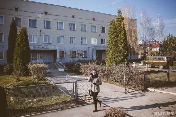 Жители Сеницы  недовольны, что их отправляют в детскую больницу в Боровляны, хотя рядом есть  3-я детская больница на Кижеватова