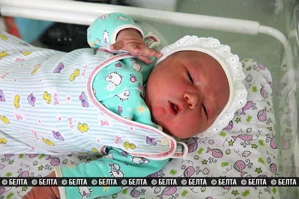 Мальчик весом 6 кг 190 г и ростом 59 см родился в Витебске