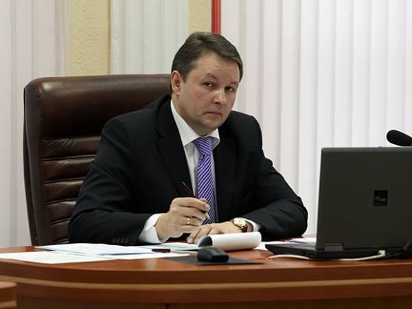Налоговые органы разберутся, почему в минских медцентрах у врачей зарплата всего 2 миллиона рублей