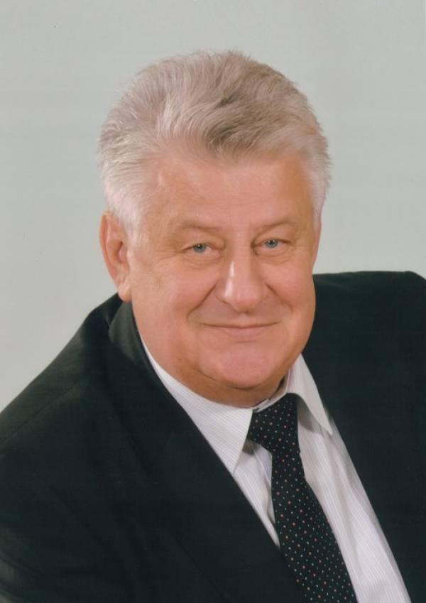 Онколог Иосиф Залуцкий, экс-глава РНПЦ онкологии в Боровлянах, умер от онкологии