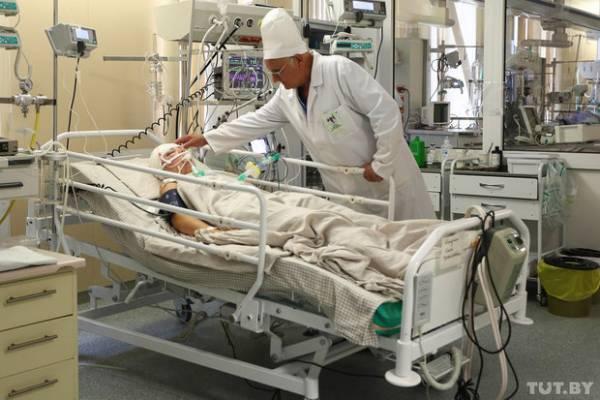 В РНПЦ неврологии и нейрохирургии в Минске поступают с онкологией головного и спинного мозга, цереброваскулярной патологией, гидроцефалией (водянка головного мозга), опухолями головного мозга, черепно-мозговыми травмами