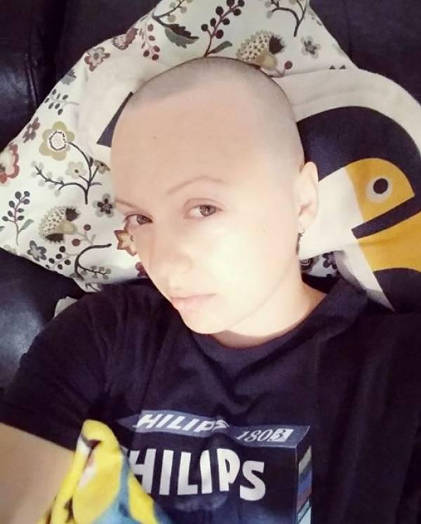 У белоруски Анны Хитрик в Израиле нашли рак груди в третьей стадии