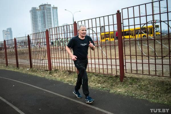 Минчанин бегает марафоны с мерцательной аритмией в 73 года