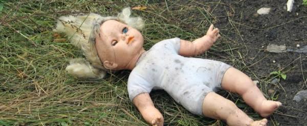 Педиатр поликлиники пришла, чтобы осмотреть младенца, а его убили