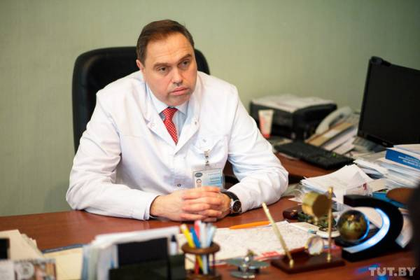 Министр Караник рассказал о номере своего мобильного