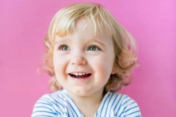 Родители судятся с Минздравом Беларуси за право лечить дочь за рубежом от СМА 2 степени