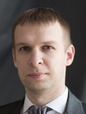 Нейрохирург в Минске Демчук Олег Олегович