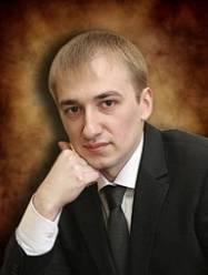 Неустроев Денис  Алексеевич