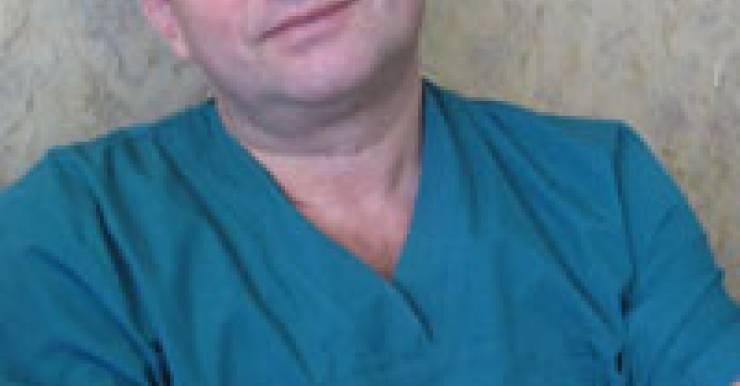 Нейрохирург Любищев