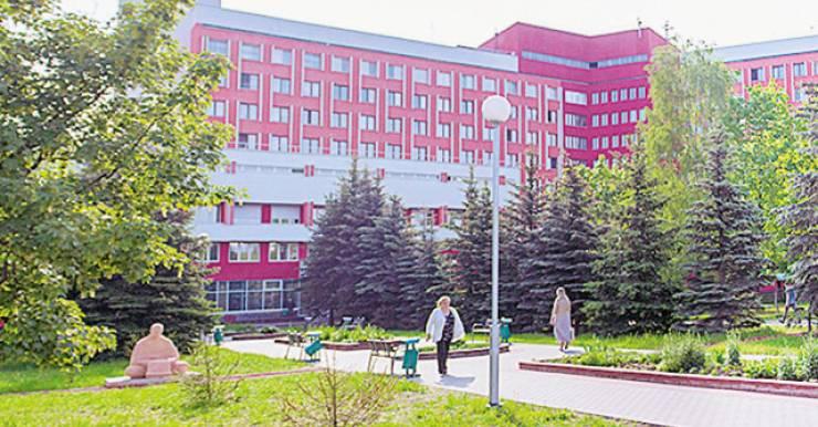 10 больница Минска: пять специализированных республиканских центров, четыре городских центра специализированной медицинской помощи. Здесь много таких направлений, которых больше нигде нет