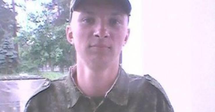 В воинской части в Печах (Минская область) умер 18-летний солдат Владислав Ягодкин. Предварительный диагноз – гипертонический криз с отеком легких